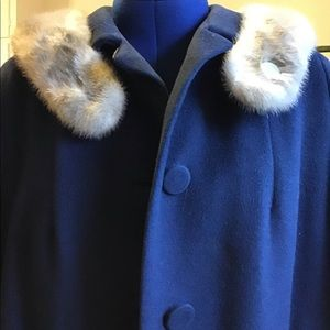 Vintage wool coat with fur collar.  Sz. Large